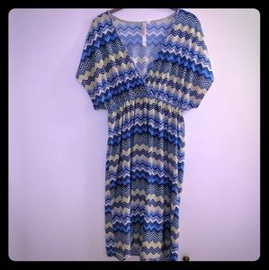 Christina love sz XL stretch chevron dress